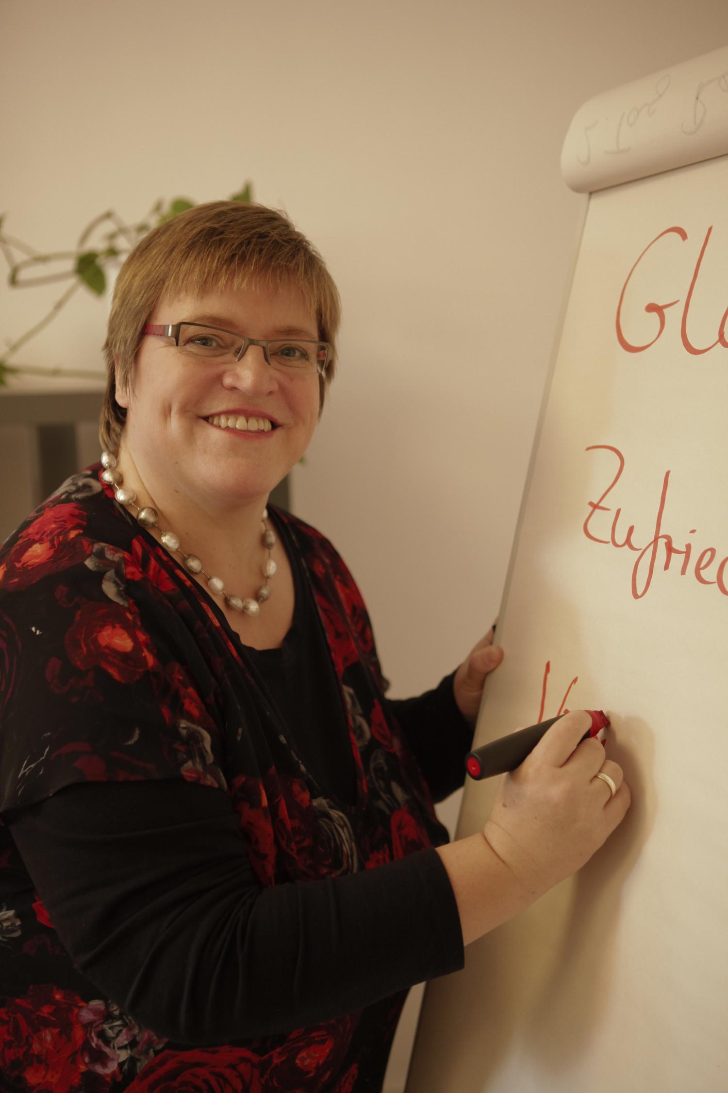(c) Gisela Enders