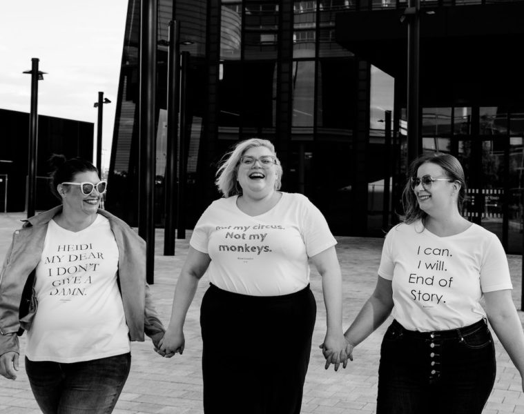 Grandiose_Shirts_Gruppenbild_drei_Frauen