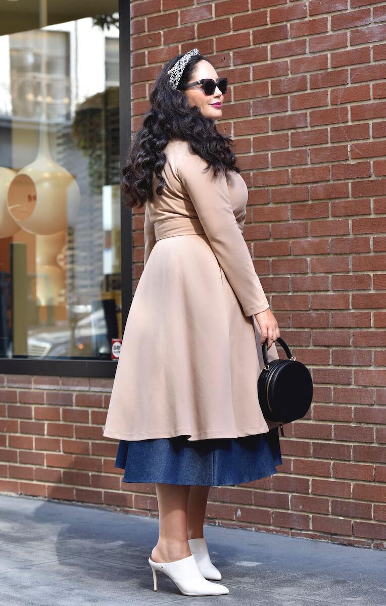 GirlwithCurvesCollection_TrenchDress